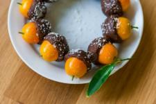 Polomáčené kumquaty v nutele