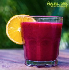 Detoxikační jahodové smoothie s koriandrem