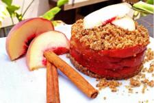Raw vegan broskvový koláč