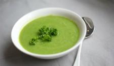 Avokádovo-okurková polévka