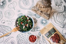 Kale salad with radishes according to Lucie Aujeska