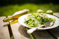 Léto chutná lehce, tak zlehčete svůj jídelníček!