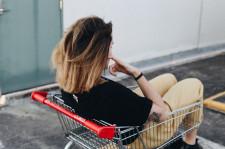 Proč přemýšlet nad spotřebou? Aneb čtyři pilíře ohleduplného nakupování